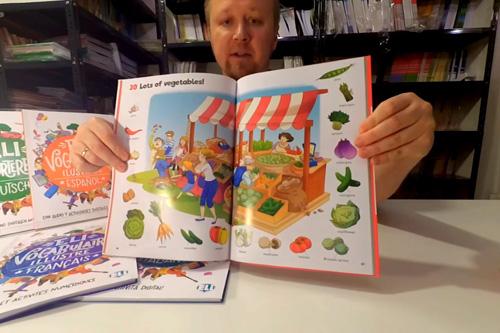Wideo recenzja serii nowych słowników obrazkowych ELI PUBLISHING.